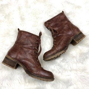 ⛱Baretraps Brown Distressed Lace-up Combat Boots